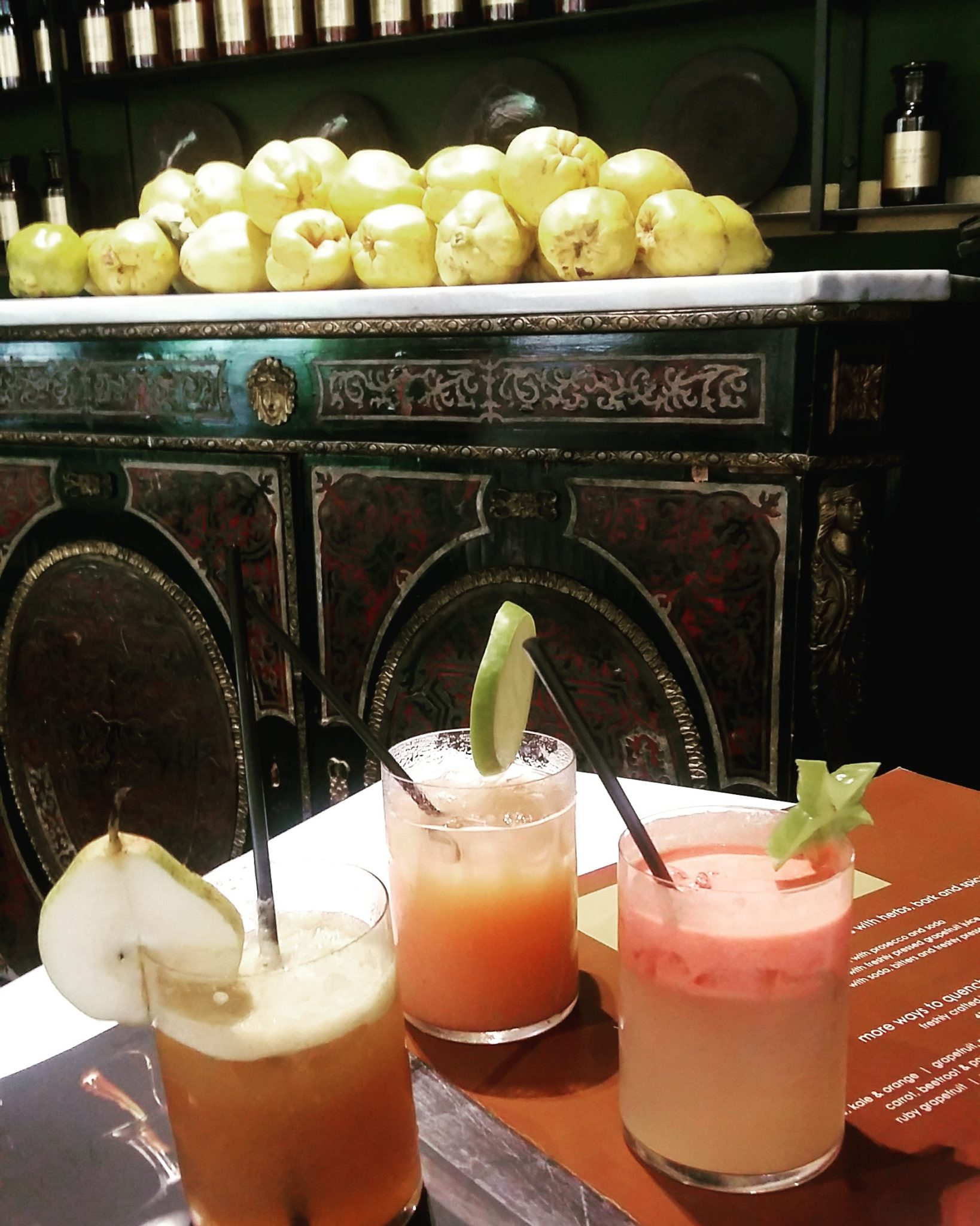 Infused spirits and cold-pressed fruit juice cocktails at Hemelhuijs