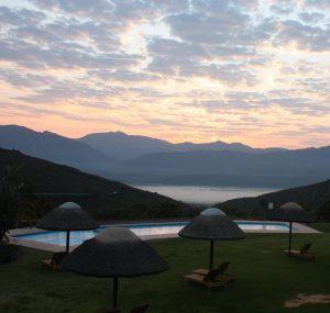 Daybreak over Piekenierskloof Mountain Resort