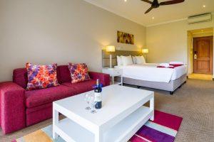 Valley view Deluxe bedroom Piekenierskloof Mountain Resort