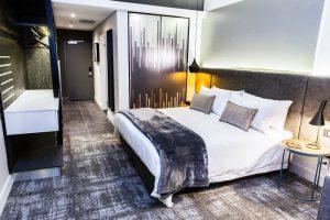 luxury studio 8
